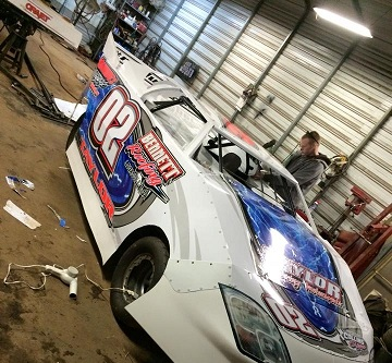 http://therealwrappers.com/Pictures/RaceCarWraps/499Package/11.jpeg