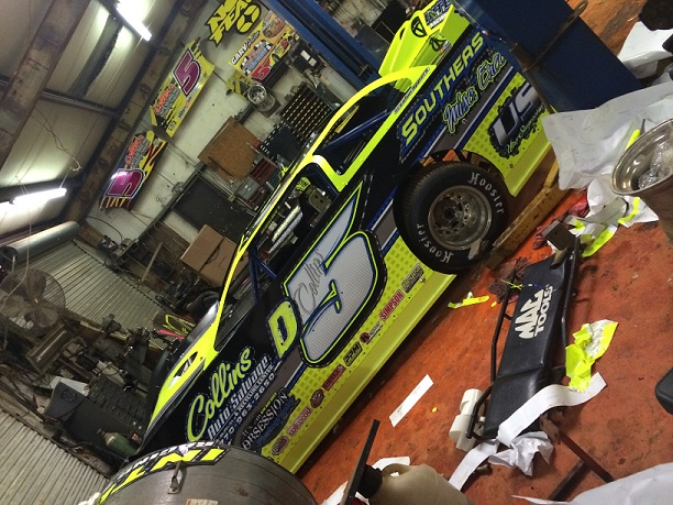 http://therealwrappers.com/Pictures/RaceCarWraps/599Package/12.jpeg