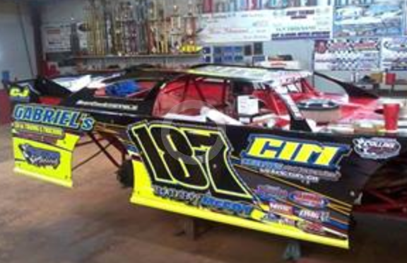 http://therealwrappers.com/Pictures/RaceCarWraps/599Package/2.png