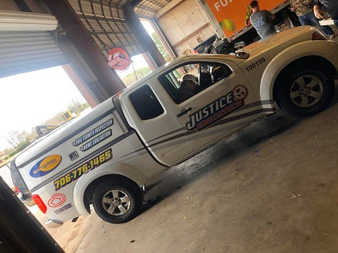 http://therealwrappers.com/Pictures/VehicleWraps/101.jpg