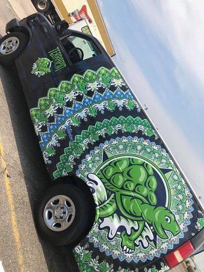 http://therealwrappers.com/Pictures/VehicleWraps/44.jpg