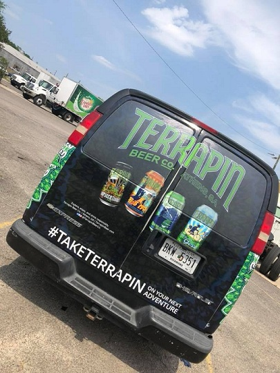 http://therealwrappers.com/Pictures/VehicleWraps/45.jpg