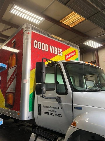 http://therealwrappers.com/Pictures/VehicleWraps/48.jpg