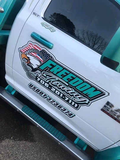 http://therealwrappers.com/Pictures/VehicleWraps/63.jpg