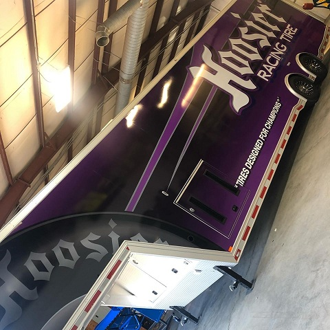 http://therealwrappers.com/Pictures/VehicleWraps/86.jpg