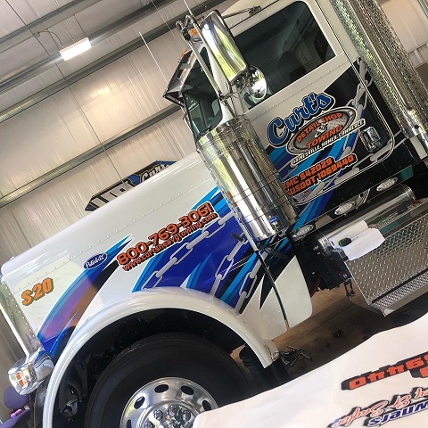 http://therealwrappers.com/Pictures/VehicleWraps/88.jpg